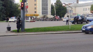 صورة أوكرانيا.. رجل يختطف حافلة ورهائن في مدينة لوتسك