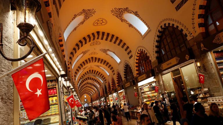 صورة الليرة التركية تبلغ قاعا قياسيا جديدا