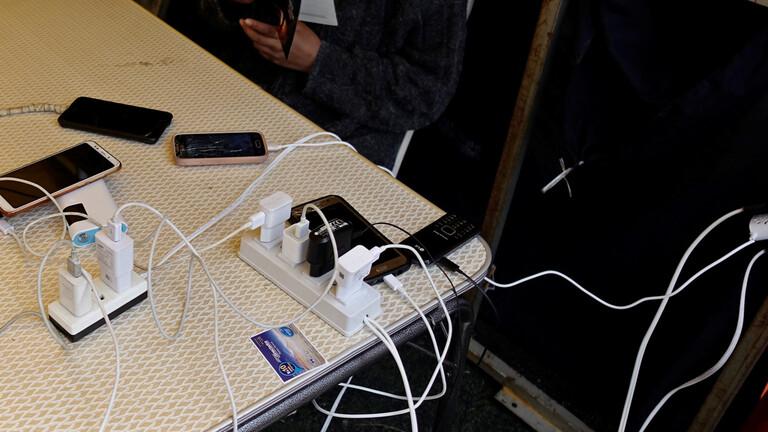 صورة أمير سعودي ينشر فيديو لاحتراق سيارة ويحذر من خطر الهواتف الجوالة