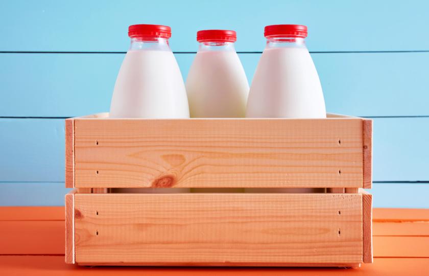 صورة قبل أن ترمي الحليب منتهي الصلاحية، جربي هذه الاستخدامات لتستفيدي منه