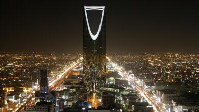 صورة السعودية.. القطاع الخاص غير النفطي يعود للنمو لأول مرة منذ فبراير